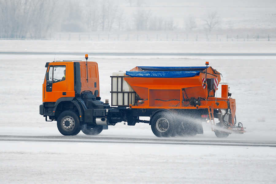 application of de-icing agents
